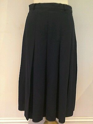 Ladies Top Quality Navy  Lead Rein Skirt Size 12