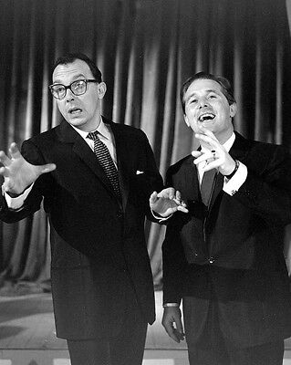 "Morecambe and Wise 10"" x 8"" Photograph no 5"