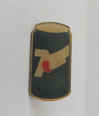 pins pin's - boisson sans alcool - 7-UP seven UP 7up- boite - canette - can