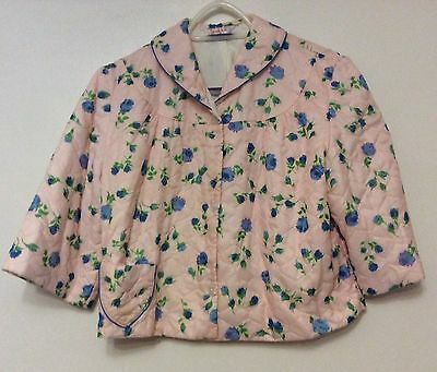 Ladies vintage 1960's Pink Floral Quilted Bed Jacket Size W. (10-12)