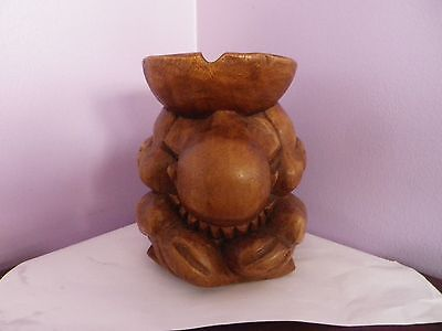 Vintage Oriental Carved Wooden Sitting Buddha Figure Ashtray Stand 15.5Cms Tall