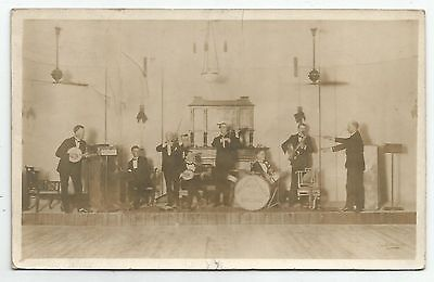 POSTCARDS-IRAQ-RP. An Officers Band On The Road Between Bagdad & Haifa. 1920's.