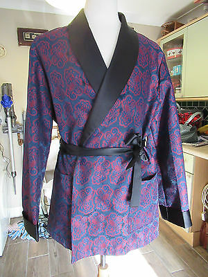 Men's Vintage 1960's Paisley Smoking Jacket / Robe. Lloyd Menswear, size L.
