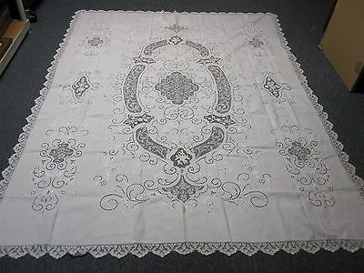 """VINTAGE WHITE LINEN & LACE w CUTWORK & EMBROIDERY TABLECLOTH 70"""" X 90"""" GORGEOUS!"""