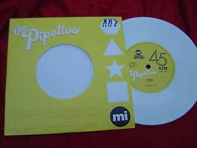 """The Pipettes - Scarce Uk Press 7"""" - Pull Shapes - 2006"""