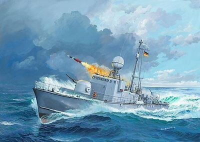 Fast Attack Craft Albatross Class 143 1/144 scale skill 4 Revell kit#5148