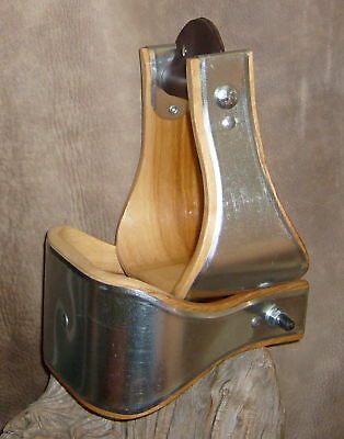 New USA Made 4 inch Bell Stirrups, For Saddle. Nice! G&E