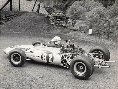LANCIA ENGINED HILL CLIMB SINGLE SEATER, CAR No.82 DRIVER CHAPMAN, PERIOD PHOTO.
