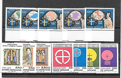 Vatican  City  3 Complete Set  Stamps  1989  Mnh