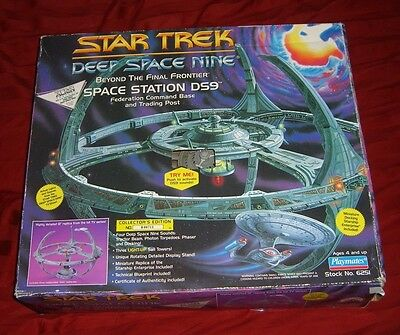 Star Trek Deep Space Nine Space Station Ds9 Command Base Playmates RARE HTF TOY
