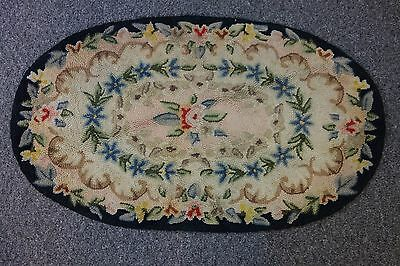 "Vintage Hooked Rug- 27""x32""- Oval- Classic Floral Pattern-VG- BEAUTIFUL"