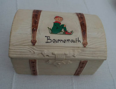 Vintage 1976 Manor Ware Bournemouth + Pixie Lidded Pottery Chest Shape Trinket
