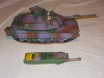 Vintage 1993 Toy State Industrial U.S. Attack Military Tank USA Army w/ Remote