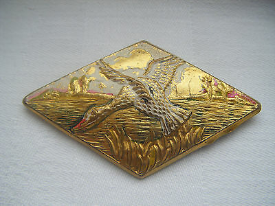Vintage retro flying duck design gold tone hand painted metal brooch