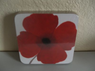 Pack Of 4 Red And White Poppy Coasters Wipe Clean Surface See Matching Tray. New