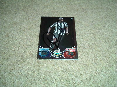 Sol Campbell - Newcastle United - Signed 10/11 Match Attax Trade Card