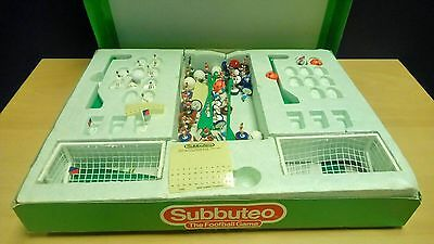 Subbuteo Boxed Football Game Players and Goals 12 E154