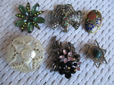 Job Lot of Six Pretty Vintage Brooches