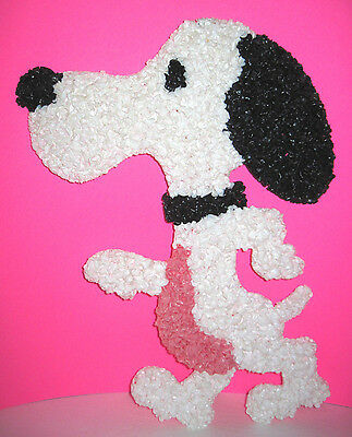 Vintage Peanuts SNOOPY Melted Popcorn Wall Decoration
