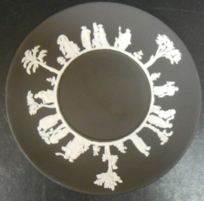 Wedgwood Jasperware Black Plate 9 inches Classical Figures                    cr