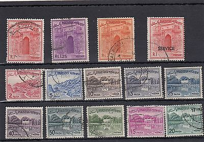 Pakistan.14 -- 1961/72 Used Stamps On Stockcard