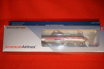 Hogan 1820 American Airlines Boeing 767-300 Desk Top Model+Stand 1-200 Scale