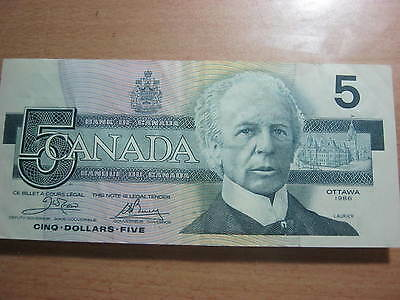 Canada 5 dollars Banknote 1986 issue in the VF condition.