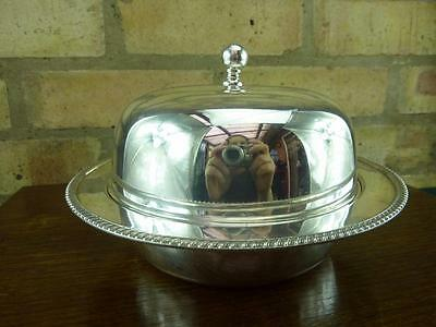 a nice Antique small round  dome warming serving Entree tureen silver plate