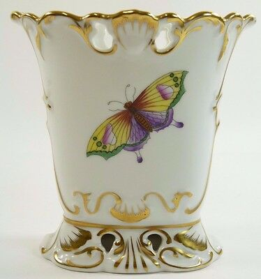 """HEREND Hungary Porcelain - Queen Victoria Pattern Vase - 4 5/8"""""""