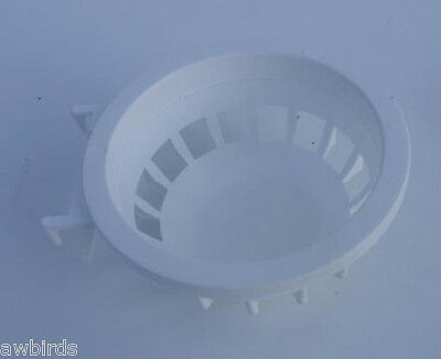 6 x SMALL PLASTIC WHITE CANARY / BRITISH NEST PANS N001