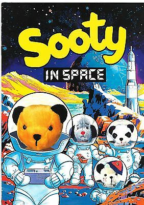 Sooty Show Programmes x3 Ex Cond