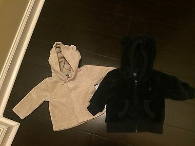 Lot of 2 Baby Gap Hooded Ear Jackets Navy Blue & Oatmeal 3-6 Months Unisex