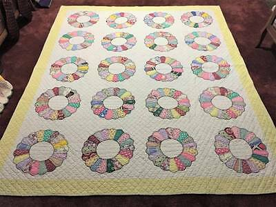 Lovely 1940's Dresden Plate Antique Applique Quilt