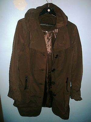 trench Patrice Bréal taille 44