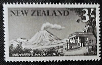 New Zealand 1960 QE II Three Shillings Definitive Value Lightly Mounted Mint