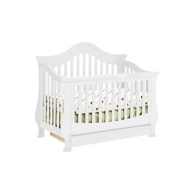 Million Dollar Baby Classic Ashbury 4-in-1 Convertible Crib in White - M8201W