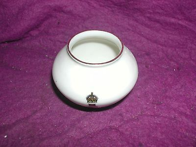 Goss Crested China Kettering Urn. Royal Staff College Camberley.