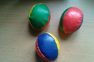 Set of 3 soft  juggling balls