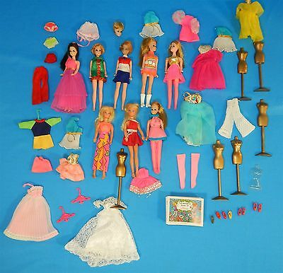 Vtg 1970s Topper DAWN Doll & Friends LOT - Dolls Outfits Stands Shoes 43 Pc LOT