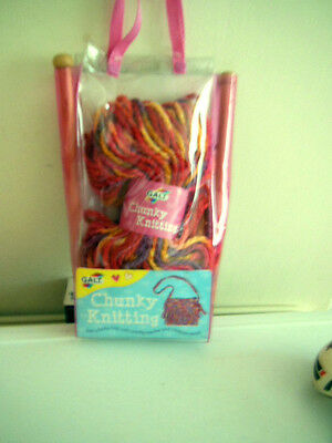 New Galt Childrens Chunky Knitting Set/needles/wool/pattern To Make Funky Bag