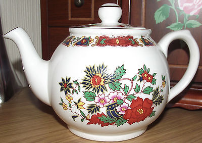 Vintage  Chelson China Floral Teapot For One