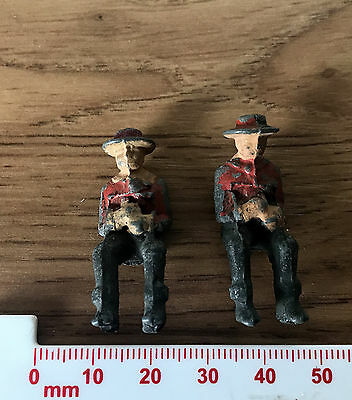 2 Vintage Painted Small Lead Toy American Wild West Cowboys - Seated Britans Era