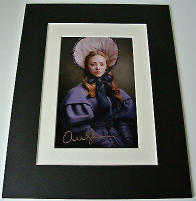 Amanda Seyfried Signed Autograph 10x8 photo display Les Miserables Film & COA