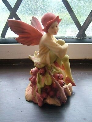 Vintage Danbury Mint Hawthorn Flower Fairy Ornament/Figurine