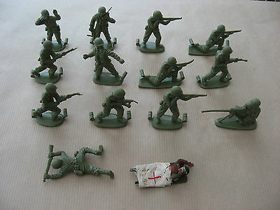 Matchbox 1/32 Scale British Soldiers