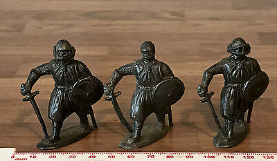 3 Unpainted Lead Vintage Toy Soldiers Medieval Knights - 2  Sacul 1 by Paramount