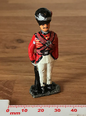 Painted Lead Toy Soldier - Britains Era . Red Hackle Left Side - Crescent?