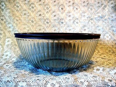 """Pyrex 4.5 Qt/l Sculptured Ribbed Glass Large 11"""" Bowl Blue Lid #7404S Made Usa"""