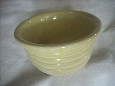 VINTAGE PALE YELLOW RIBBED MIXING  BOWL 14 cm