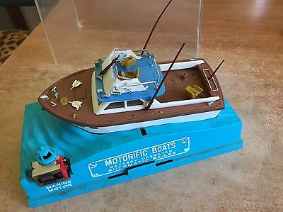 1966 IDEAL Toys MOTORIFIC BOATS Toy Battery Operated Boat